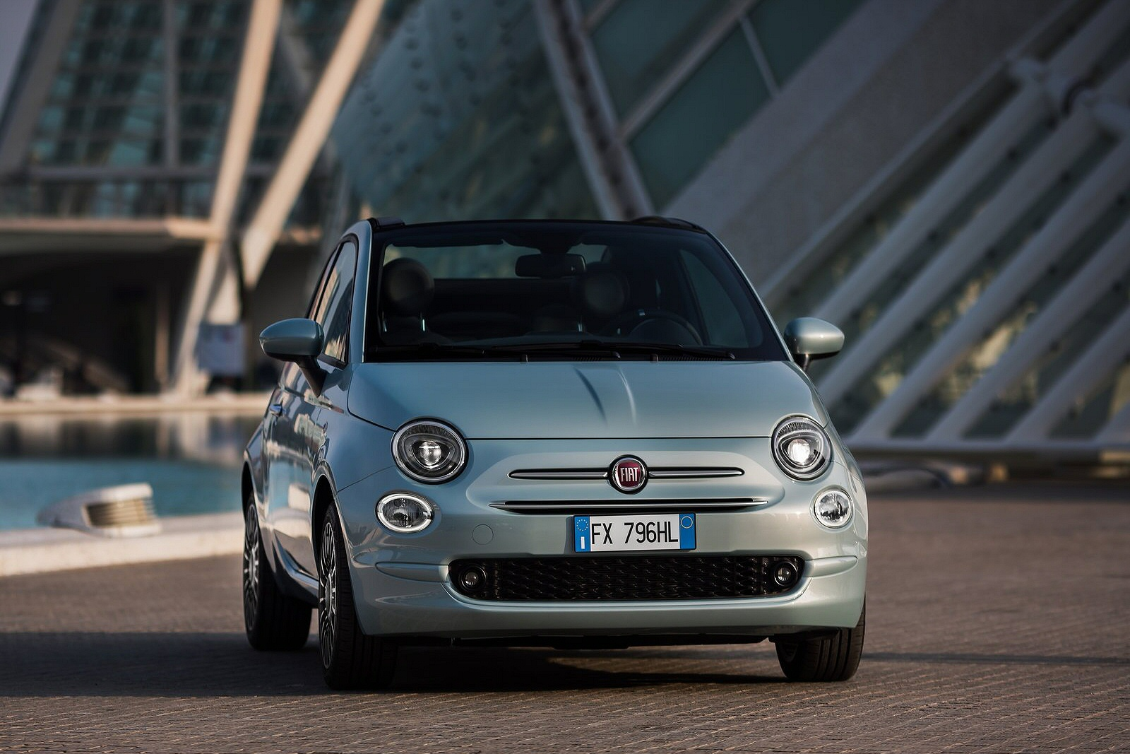 Fiat 500 1.0 Mild Hybrid Dolcevita (Part Leather) 3dr